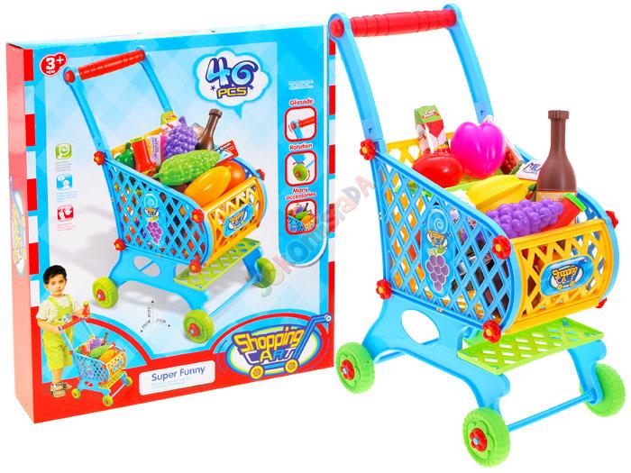 Dětský nákupní vozík se zbožím